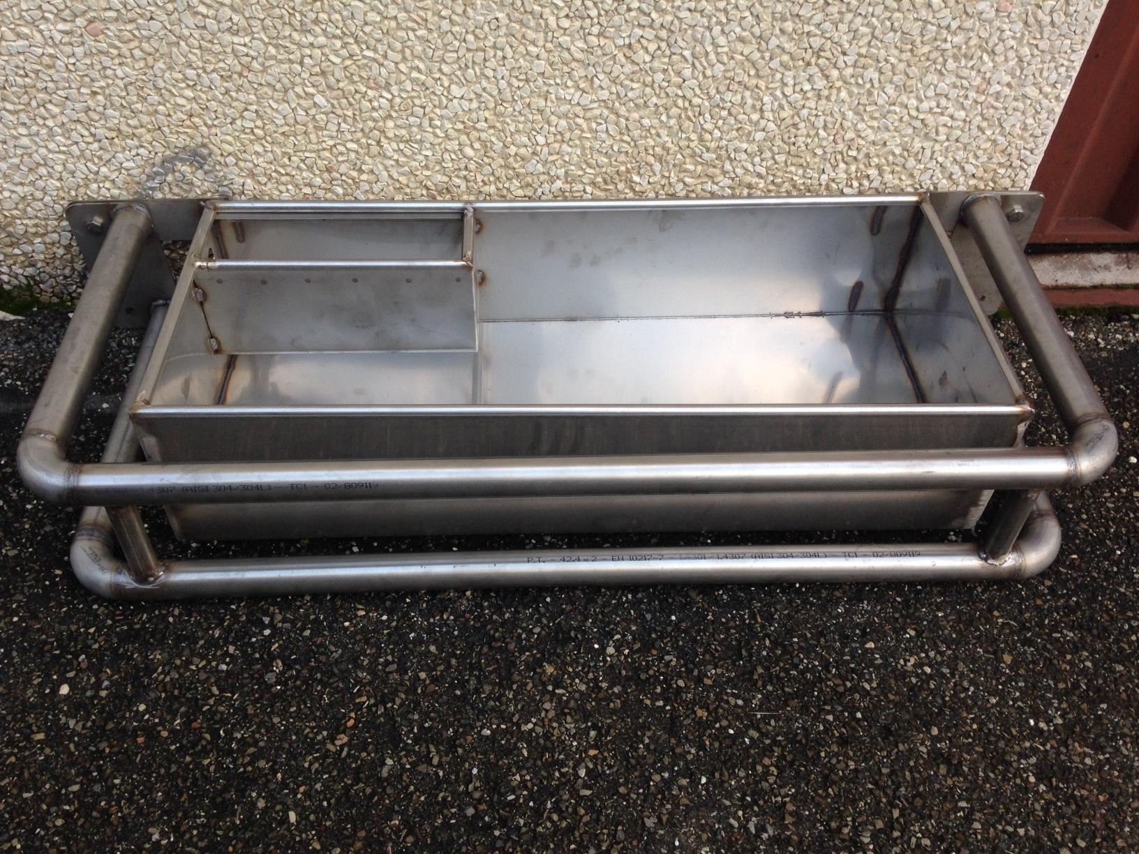 Protezione inox per abbeveratoio a vasca cm. 90 x 38 x 20 –  codice 310 PDI